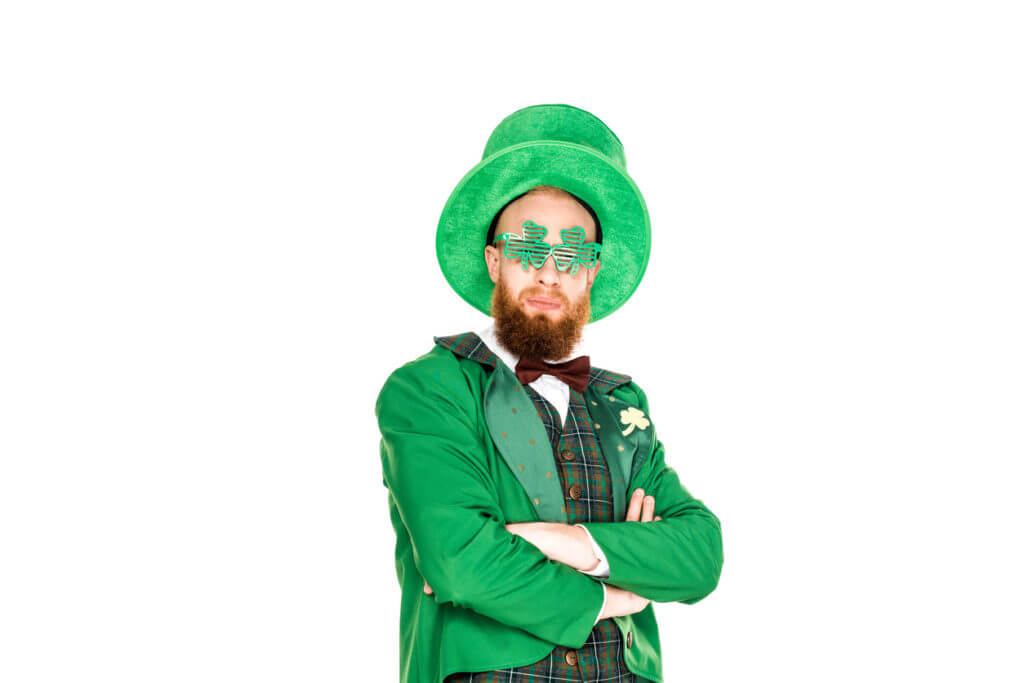 A man dressed over the top for St. Patricku0027s Day  sc 1 st  Turn Style & Cute Fashionable u0026 Trendy St. Patricku0027s Day Outfit Ideas | Turn Style