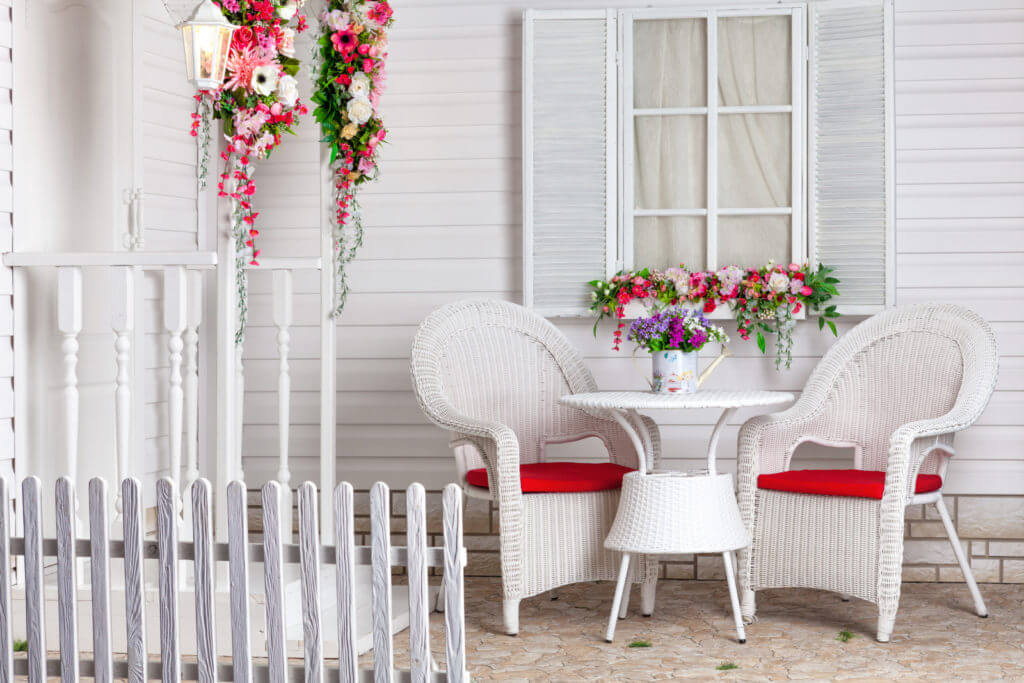 5 Fantastic Porch Decorating Ideas On A Budget Turn Style